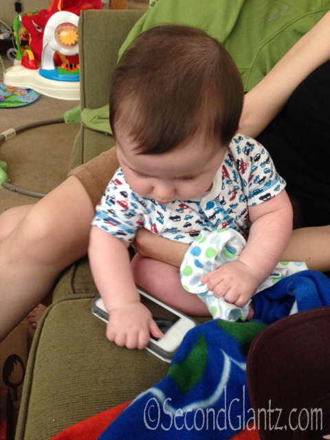 baby texting